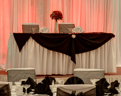 Marquis Ballroom wedding party table